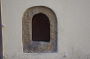 via Isola delle Stinche, 3   accanto Gelateria Vivoli